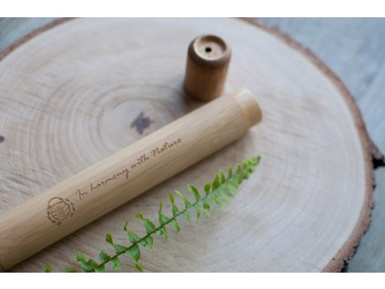 Bambusové cestovné puzdro na dospelácku zubnú kefku - Curanatura