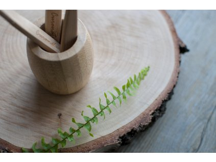 Veľký bambusový stojanček na zubné kefky - Curanatura