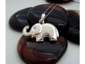 Stříbrný přívěsek - slon 17x10 mm
