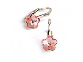 Dětské stříbrné náušnice Swarovski® elements –  světle růžové kytičky 6 mm