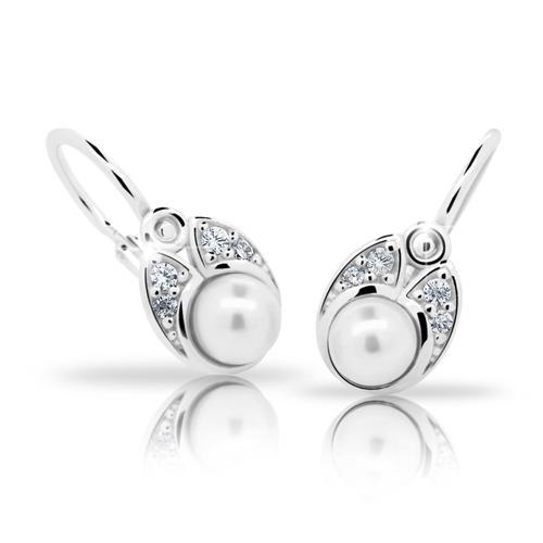 Dětské stříbrné naušnice Cutie C2254-Ag White s bílou perlou