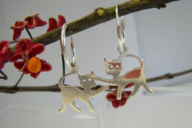 Stříbrné kroužky s kočičkou