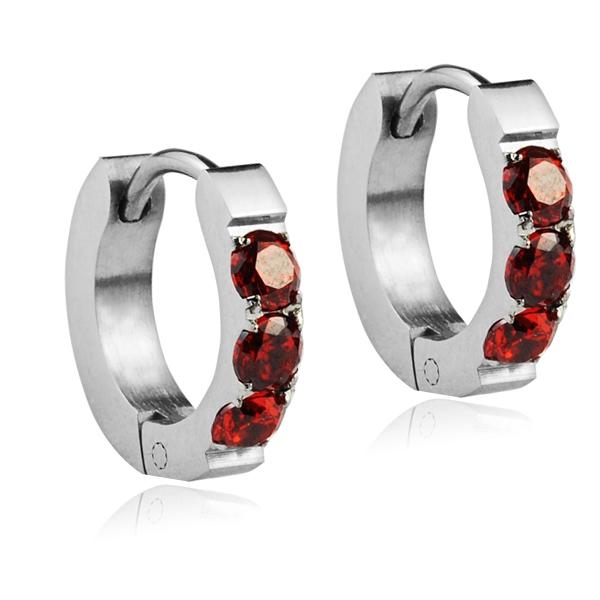Dětské náušnice ocelové kroužky s červenými zirkony
