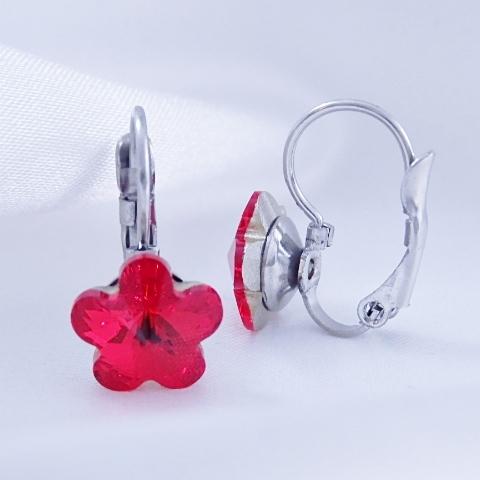 Dívčí náušnice z chirurgické oceli - kytičky s červeným krystalem Swarovski