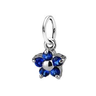 Dětský stříbrný přívěsek se spinely - modrá kytička