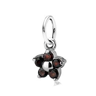 Dětský stříbrný přívěsek s granáty - červená kytička