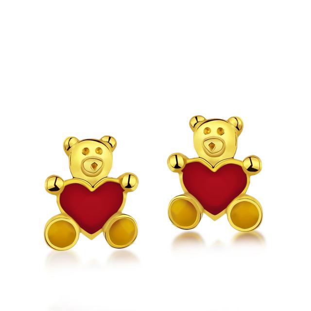 Dětské zlaté náušnice na šroubek s červeným smaltem - medvídci se srdíčkem