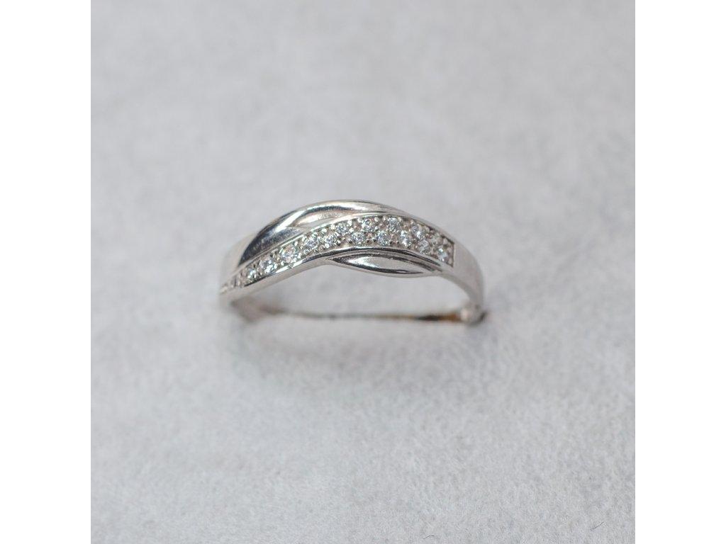 Prsten se zirkony, vel. 51