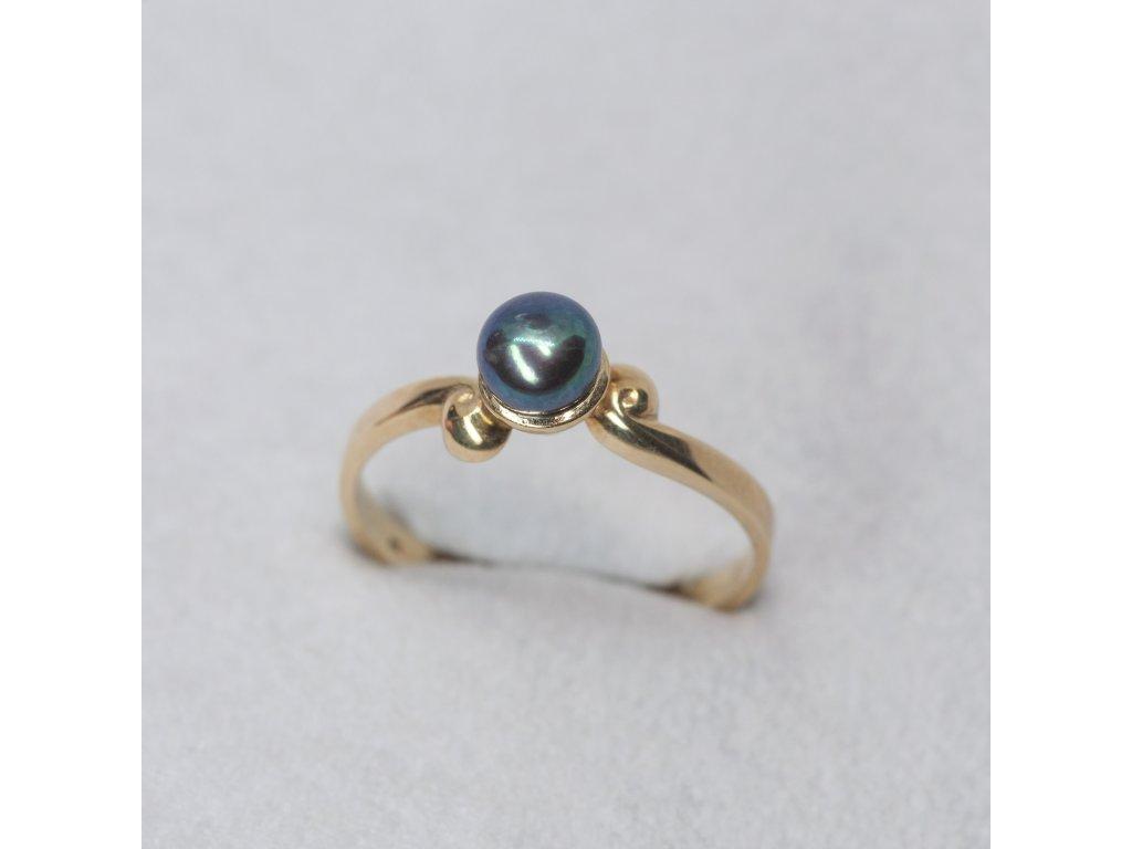 Prsten z černou perlou, vel. 56