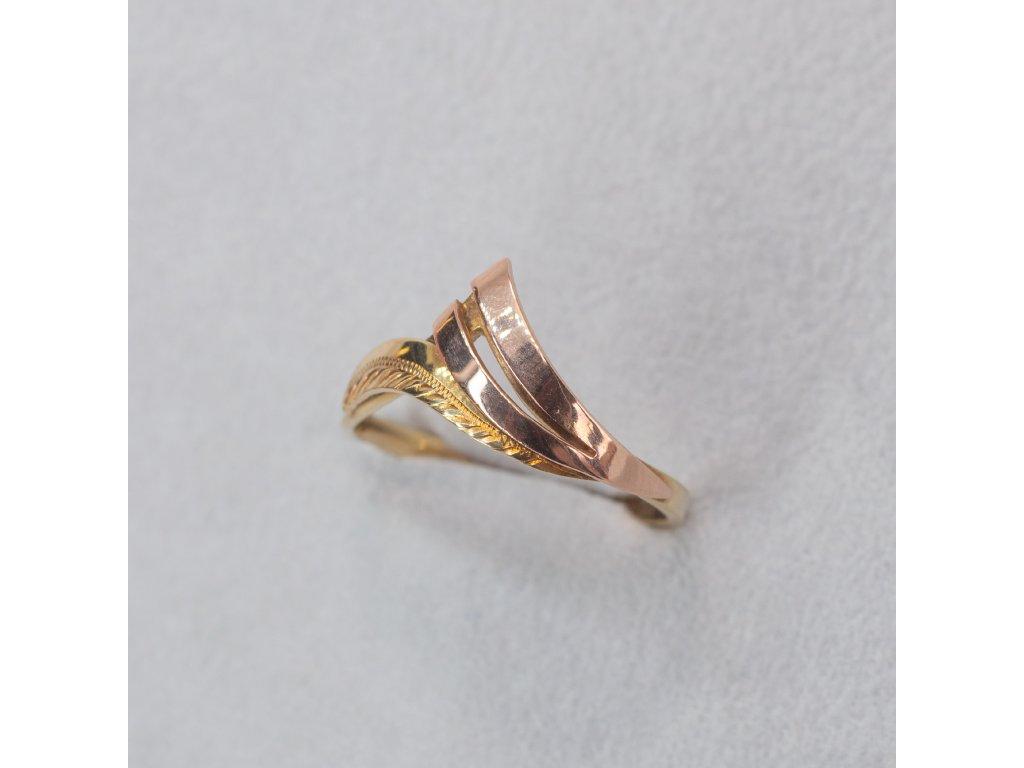 Dvoubarevný prsten, vel. 53