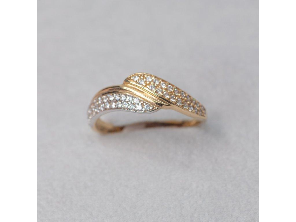 Dvoubarevný prsten se zirkony, vel. 57