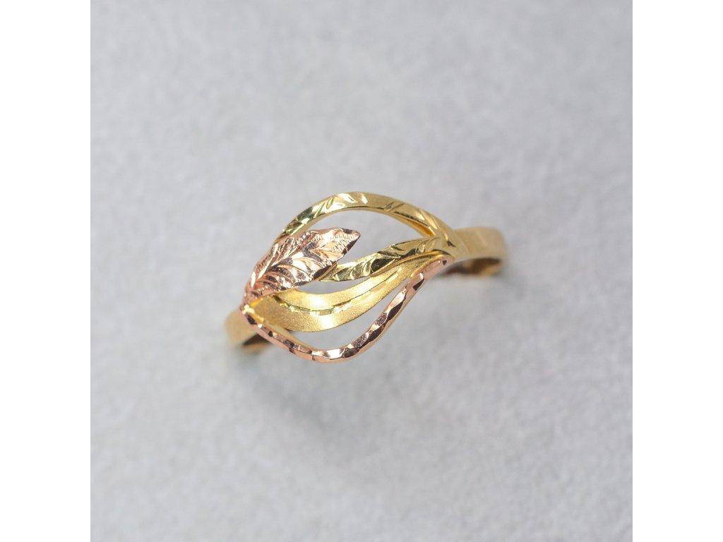 Dvoubarevný zdobený prsten, vel. 58