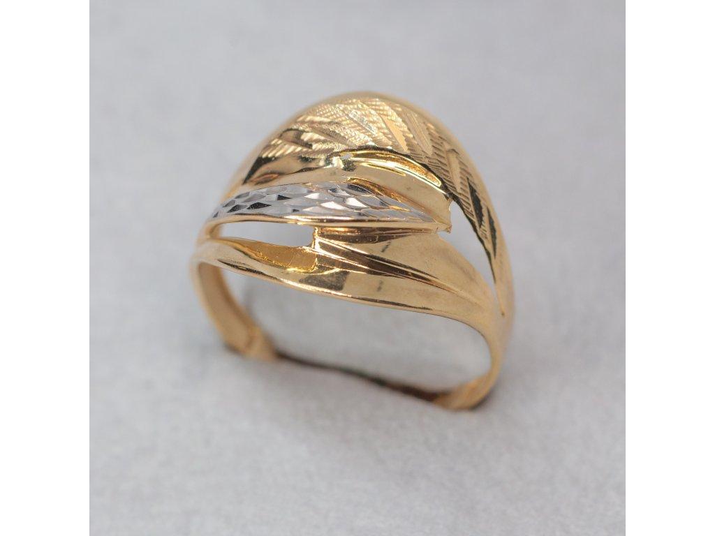 Dvoubarevný zdobený prsten, vel. 65
