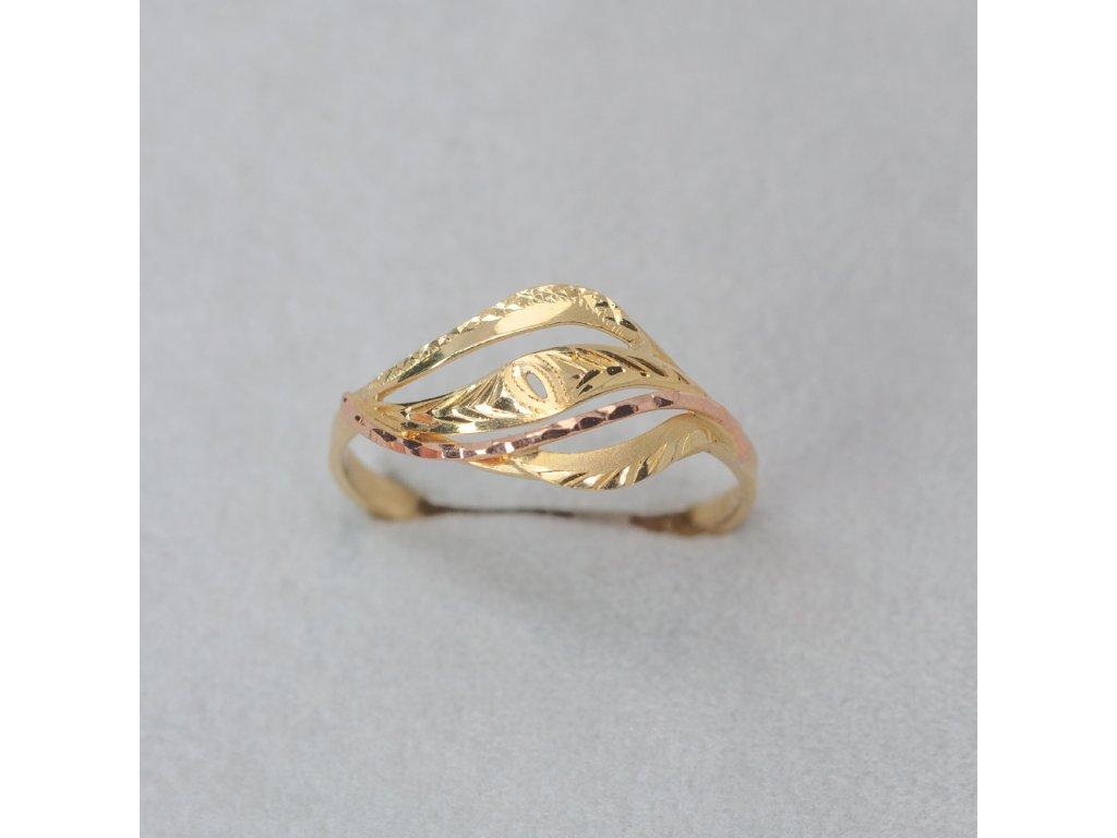 Dvoubarevný zdobený prsten, vel. 63