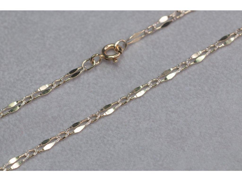 Netradiční zlatý řetízek, délka 45 cm