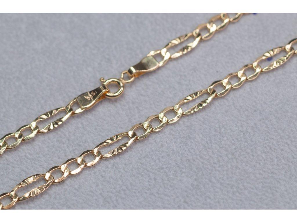Výrazný zlatý řetízek, délka 50 cm