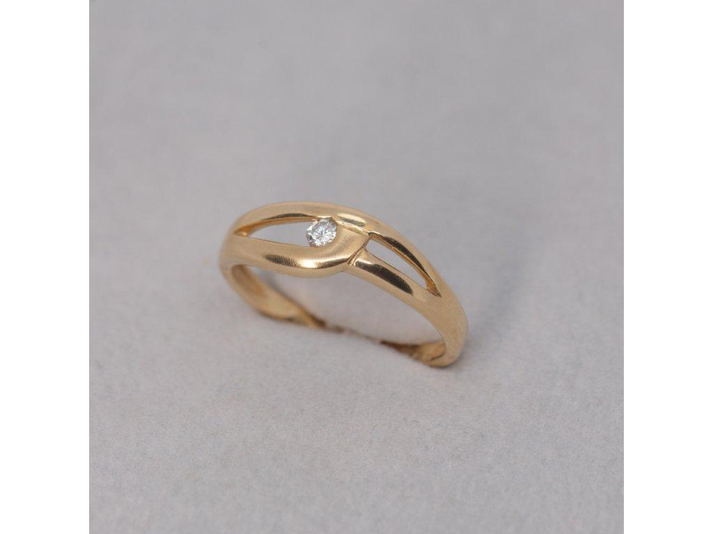 Zlatý prsten se zirkonem, lesk a mat, vel. 51