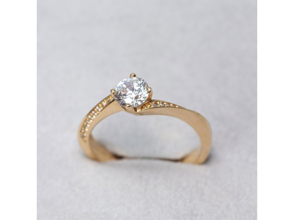 Prsten s točenou obroučkou a zirkony, vel. 51