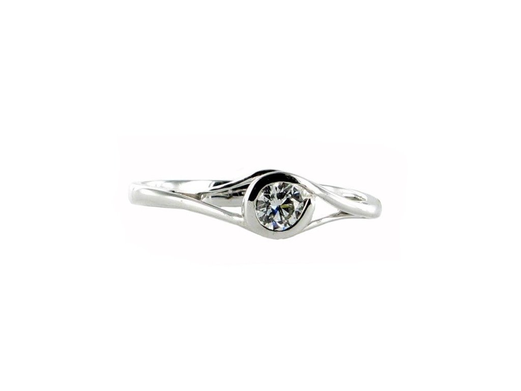 Briliantový prsten z bílého zlata