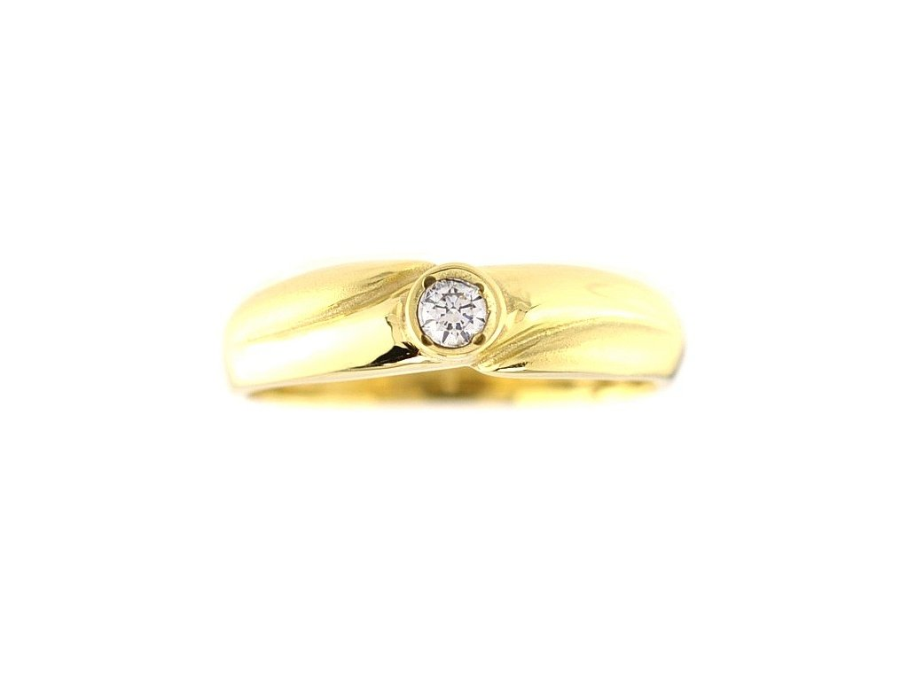 Zlatý prsten V49