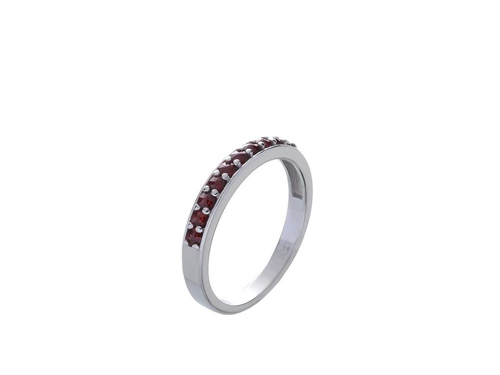 Granát prsten2
