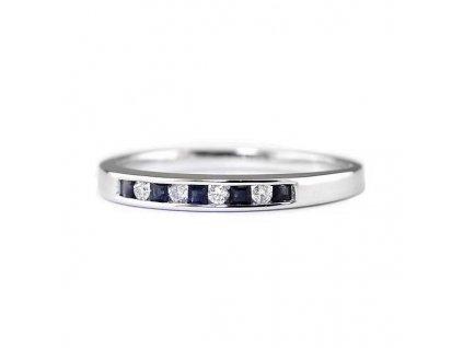 Safírový prsten z bílého zlata proložený brilianty