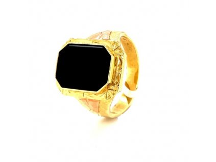 Pánský prsten ze žlutého zlata s onyxem AUZPAN3 zlatnictvivymolovi.cz