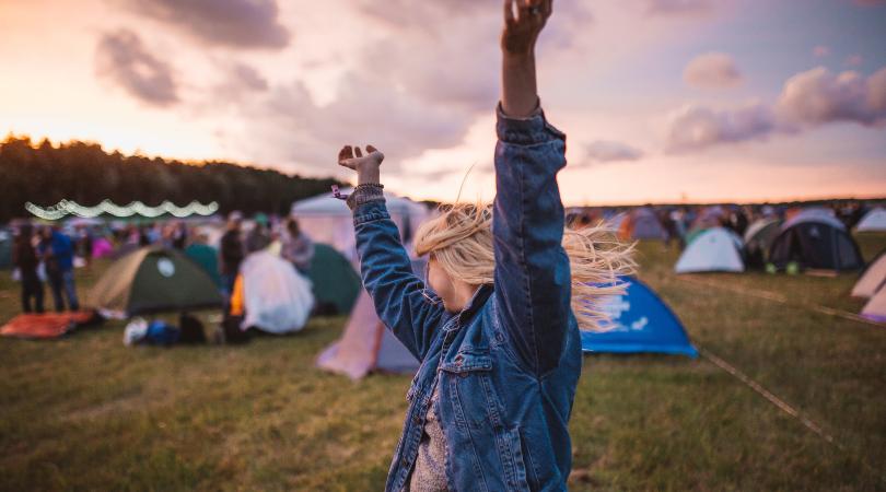 10 rád ako sa o svoje šperky starať počas festivalov