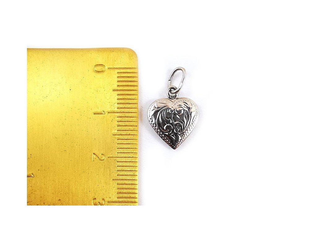 Gravírovaný prívesok srdce z bieleho zlata  +servis + krabička