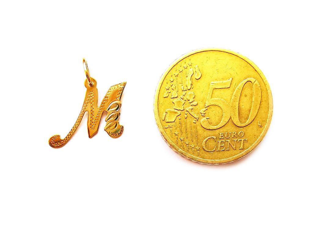 """Prívesok v tvare písmena """"M"""" zo žltého zlata"""