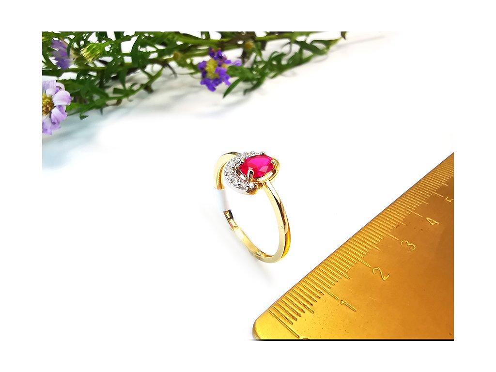 Dámsky prsteň s červeným zirkónom  +servis + krabička, darček
