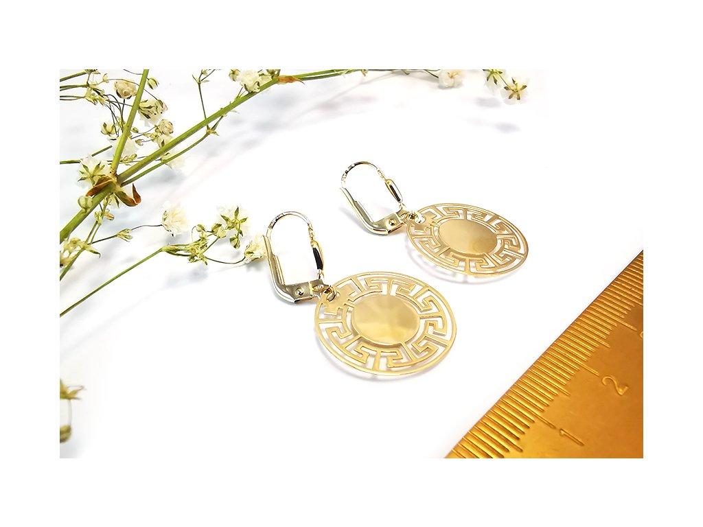 Visiace náušnice s gréckym vzorom zo žltého zlata