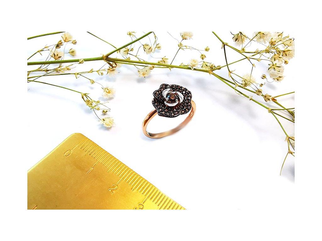 Nádherný prsteň z ružového zlata