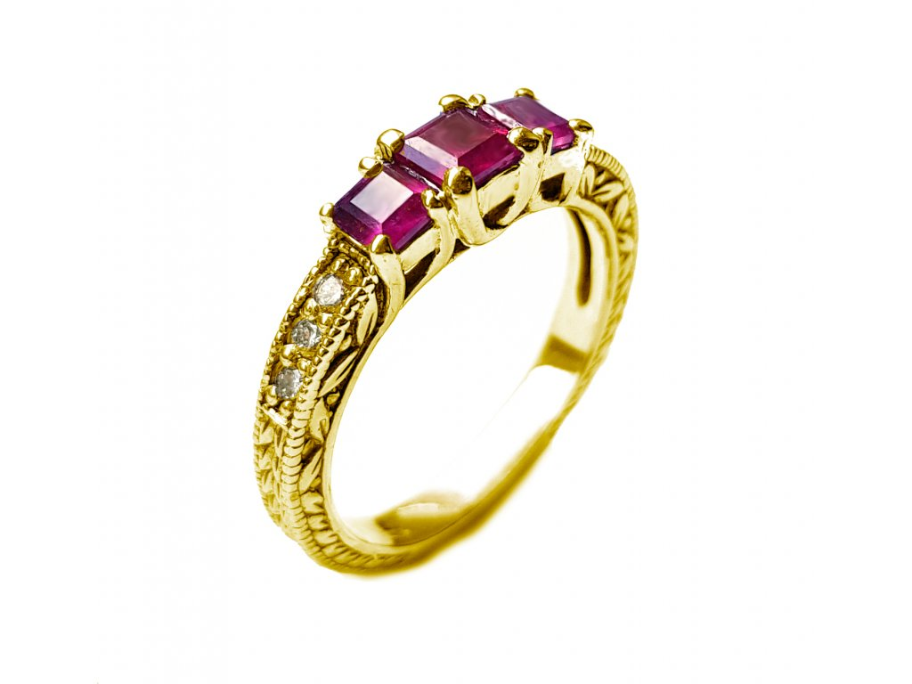 Briliantový prsteň s pravými rubínmi žlté zlato  +doživotný servis + certifikát pravosti + krabička