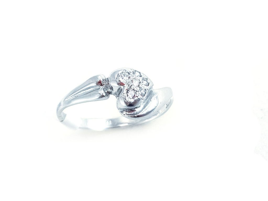 Dámsky prsteň z bieleho zlata v tvare srdca  + krabička