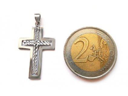 Extravagantný vyrezávaný prívesok Krížik z bieleho zlata  + krabička, darček