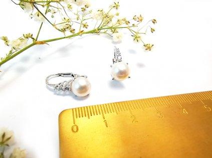 Nádherné zlaté náušnice s perlou  + servis a krabička, darček