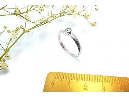 Jemný prsteň VZOR 242  z bieleho zlata  + servis a krabička, darček