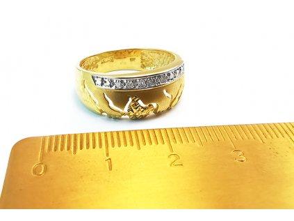 Extravagantný dámsky prsteň zo žltého zlata