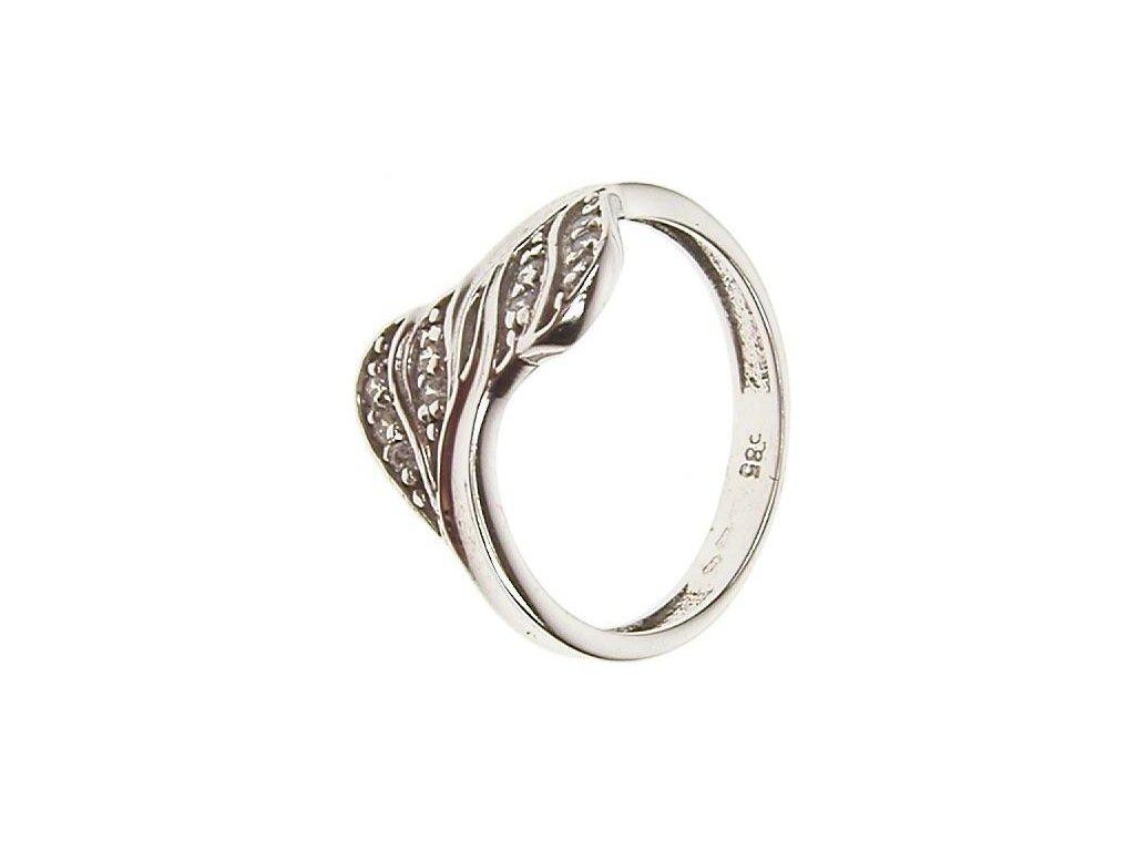 Prsten z bílého zlata se zirkony 43/72313