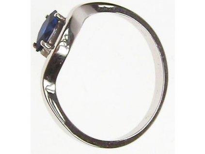 Prsten z bílého zlata a syntetickým safírem 13/58913