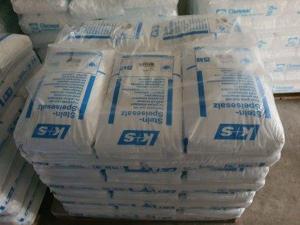 Sůl Hrubá kamenná sypká bez jódu zrno 0,8-2,3 mm 20x25 kg PALETA 500 kg