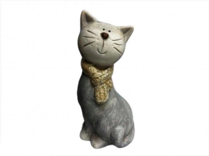 kočka z naší kredence