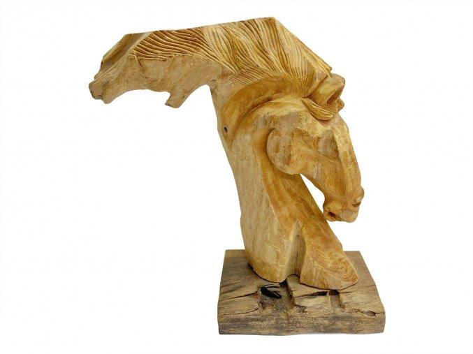 Skulptura hlava koně