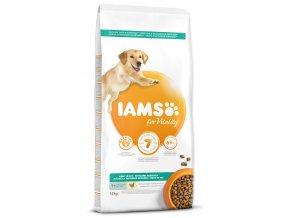 IAMS Dog Adult Weight Control Chicken 12kg  + IAMS Naturally CAT mrazem sušené 100% kuřecí kostky 25g
