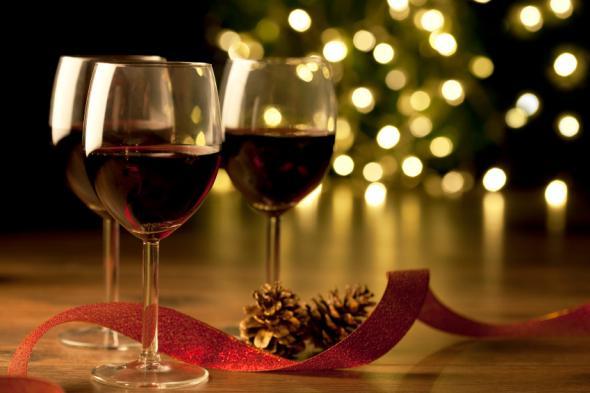 Snoubení jídla a vína, pro štědrovečerní a novoroční tabuli.