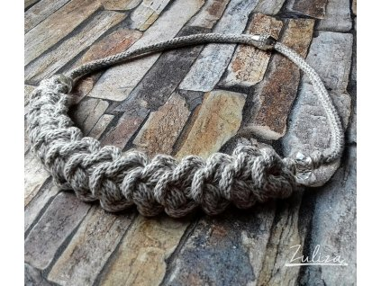 Háčkovaný náhrdelník béžová melange kolekce země hlavní