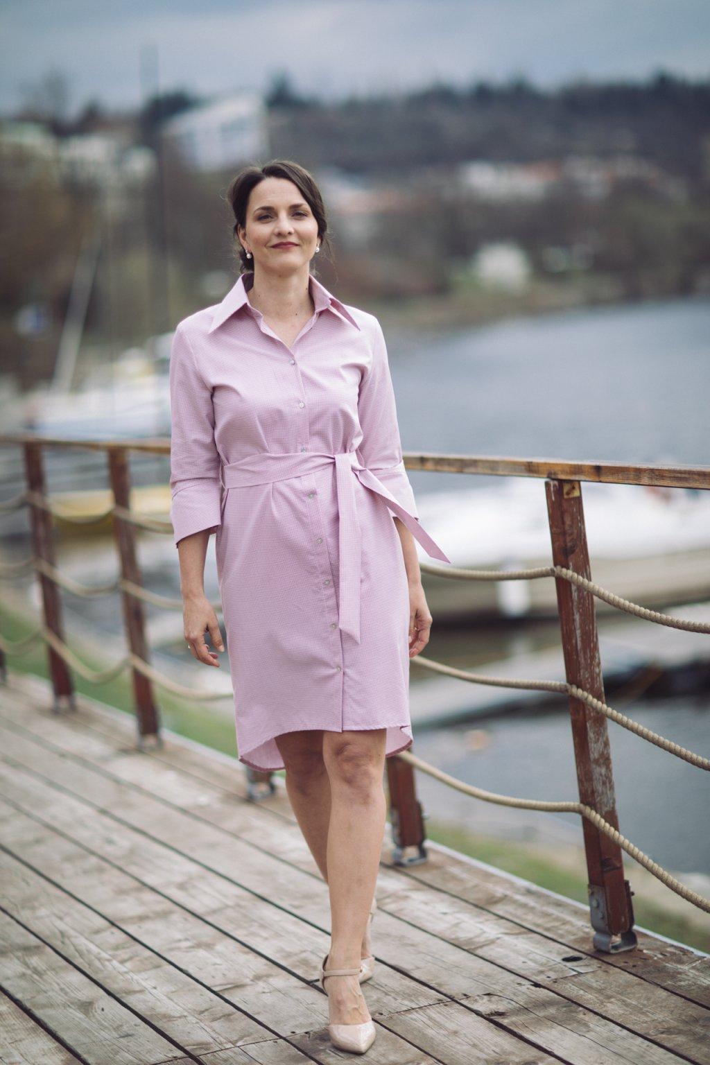 Košilové šaty Chamomilla pudrově růžové 3