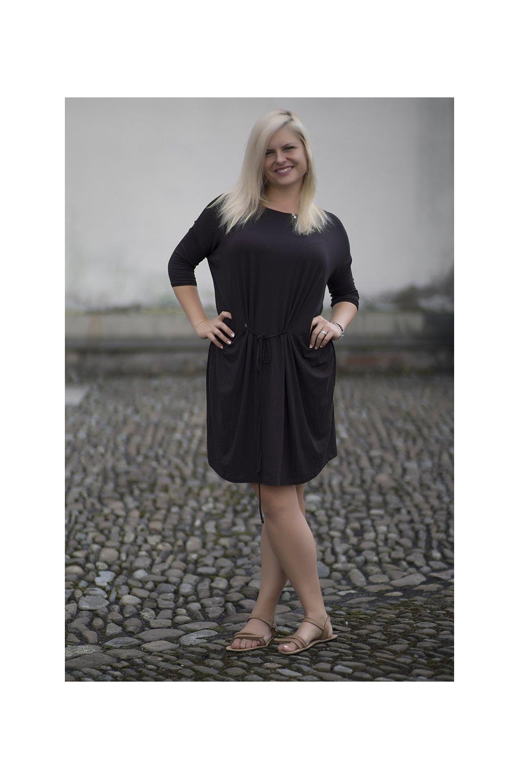 Oversize šaty Tereza ZURI hnědé 1
