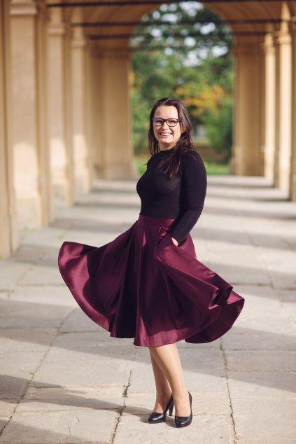 Saténová sukně Rosie bordó 4